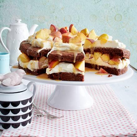 Schokoladen-Mascarponekuchen mit Pfirsichen Rezept