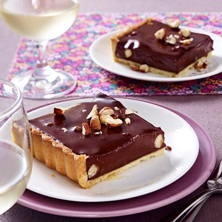 schokoladen tarte mit getrockneten fr chten rezept chefkoch rezepte auf kochen. Black Bedroom Furniture Sets. Home Design Ideas