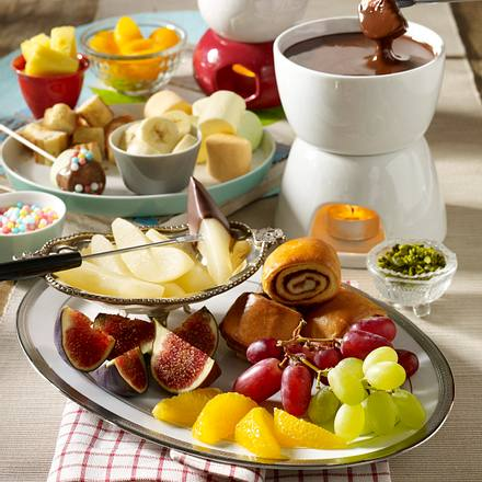 Schokoladenfondue mit Zartbitterschokolade Rezept