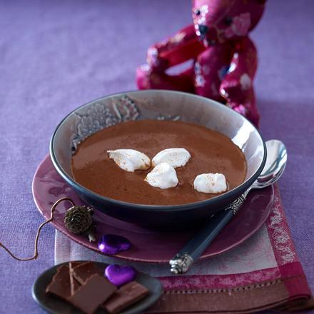 Schokoladensuppe mit Schneebällchen (Liebeskummer-Essen) Rezept