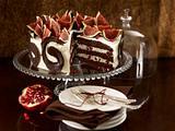 Schokoladentorte mit Granatapfelsahne Rezept