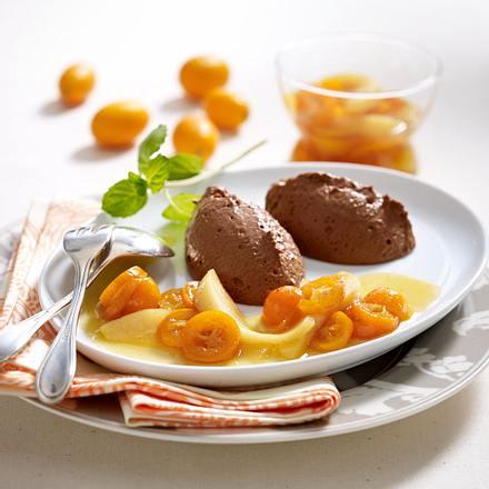 Schokomousse mit Kumquat-Kompott Rezept