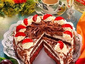 Schwarzwälder-Zwetschen-Torte Rezept