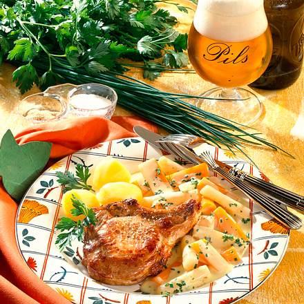 Schwarzwurzel-Möhren-Gemüse in Käsesoße zu Schwein Rezept