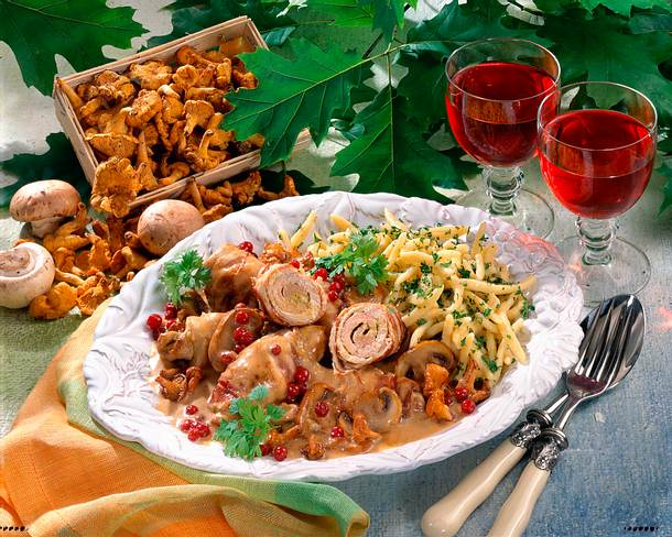Schweine-Speck-Röllchen mit gemischten Pilzen Rezept