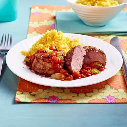 Schweinefilet mit Curryreis und Tomatensoße Rezept
