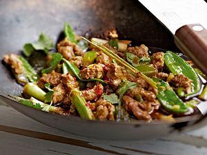 Schweinefiletstreifen mit Zitronengras-Currypaste Rezept