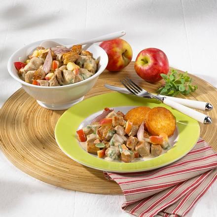 Schweinegulasch mit Calvados-Apfel-Soße Rezept