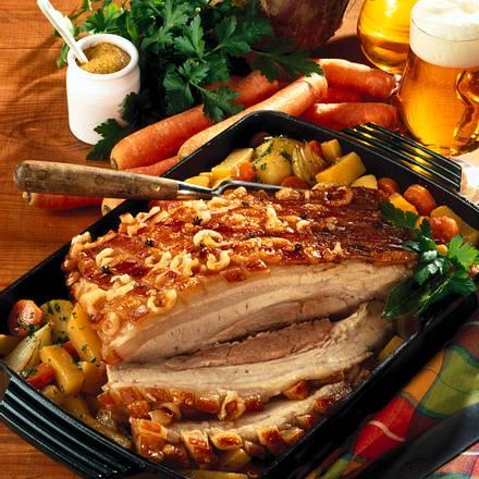 Schweinekrustenbraten mit Gemüse Rezept
