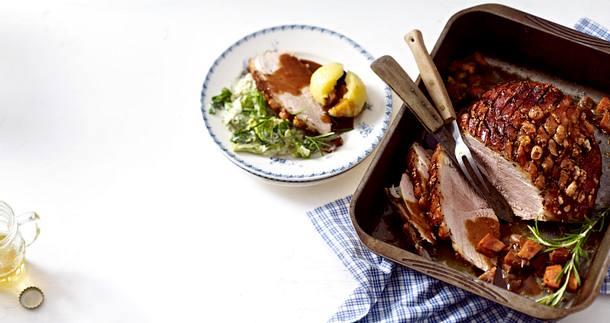 schweinekrustenbraten mit kl en und wirsing rezept chefkoch rezepte auf kochen. Black Bedroom Furniture Sets. Home Design Ideas