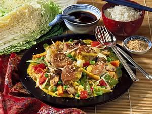 Schweinemedaillons mit asiatischem Gemüse Rezept
