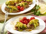 Schweinemedaillons mit Avocadohaube Rezept