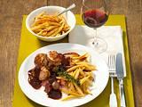 Schweinemedaillons mit Dornfelder-Weinschalotten und Schupfnudeln Rezept