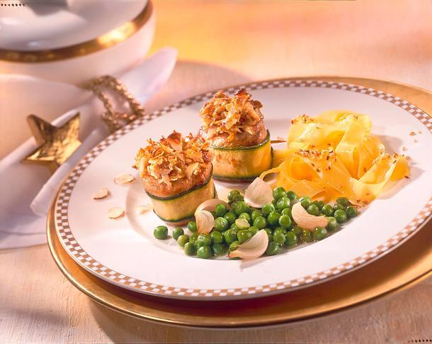 Schweinemedaillons mit Zucchini umwickelt  Rezept
