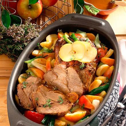 Schweinenacken mit Cidre-Apfel-Kartoffelgemüse Rezept
