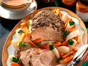 Schweinenackenbraten mit Teltower-Rübchen und Möhren Rezept