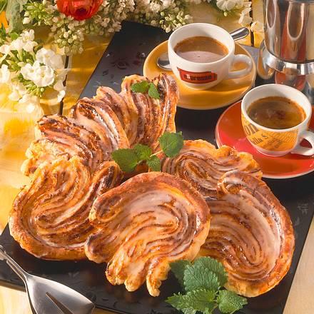 Schweineohren mit Orangen-Marzipanfüllung Rezept