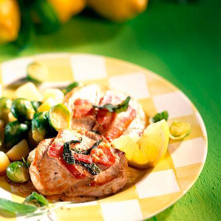 Schweineschnitzel mit Salbei und Bacon Rezept