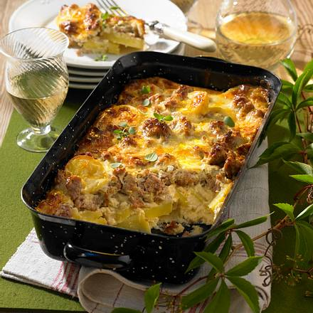 Schweizer Käse-Mett-Kartoffeln Rezept