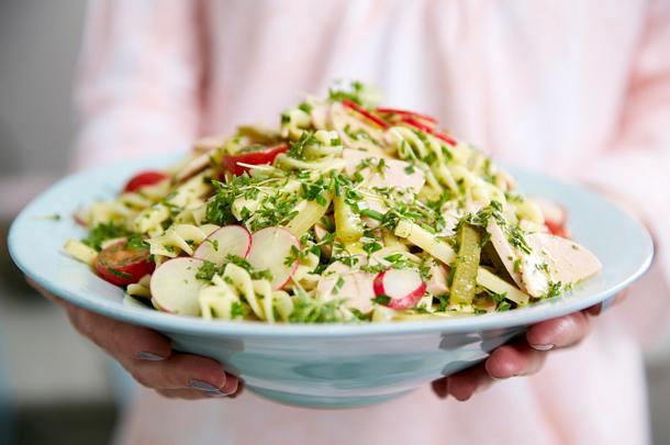 Schweizer Wurstsalat mit Fussili Rezept