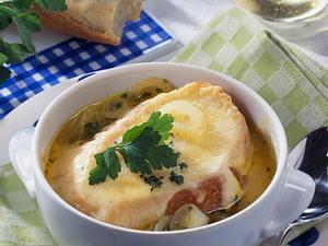 Schweizer Zwiebelsuppe Rezept