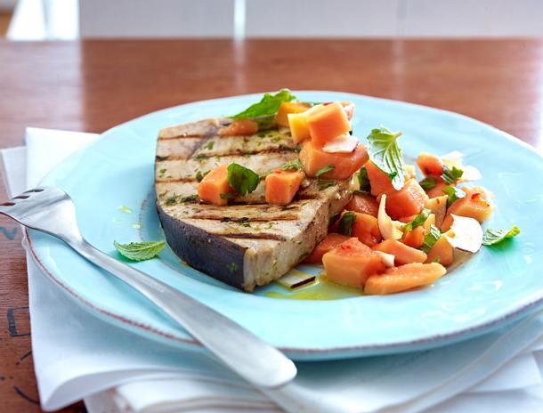 Schwertfisch mit Papaya-Salsa Rezept