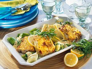 Seelachsfilet in Kartoffelkruste mit Senf-Estragon-Soße Rezept