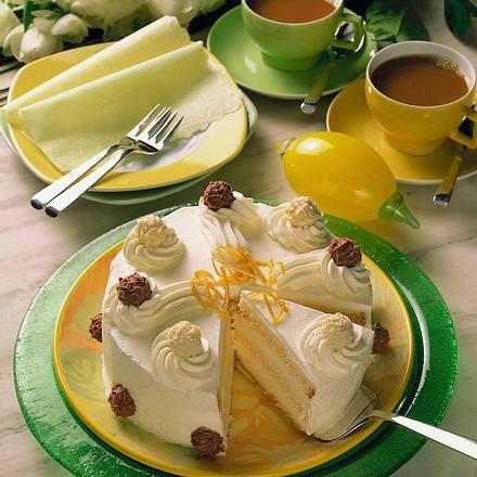 sekt creme torte mit tr ffel rezept chefkoch rezepte auf kochen backen und. Black Bedroom Furniture Sets. Home Design Ideas