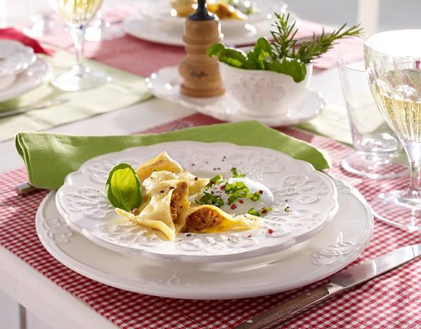 Selbstgemachte Ravioli mit Gorgonzolasoße Rezept