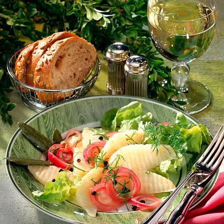 Sellerie mit Zwiebelmarinade Rezept
