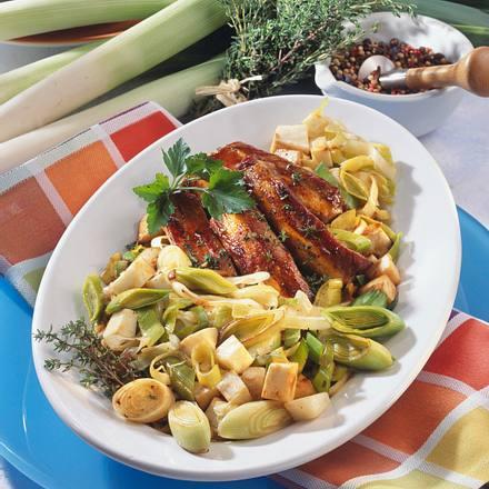 Sellerie-Porree-Gemüse mit Rippchen Rezept