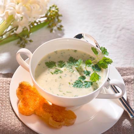 Sellerie-Rahm-Suppe Rezept