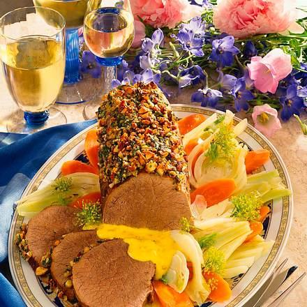 Semerrolle mit Mandel-Basilikumkruste mit Fenchel-Möhren-Gemüse Rezept