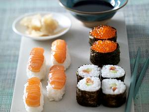 Sesam-Sushi (Inside-out) Rezept