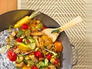 Sesam-Tofu mit süß saurem Gemüse Rezept