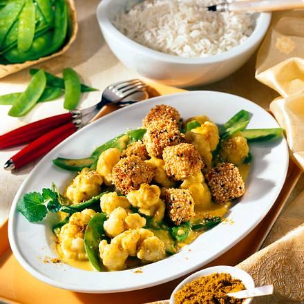 Sesam-Tofuwürfel auf Gemüse-Curry Rezept