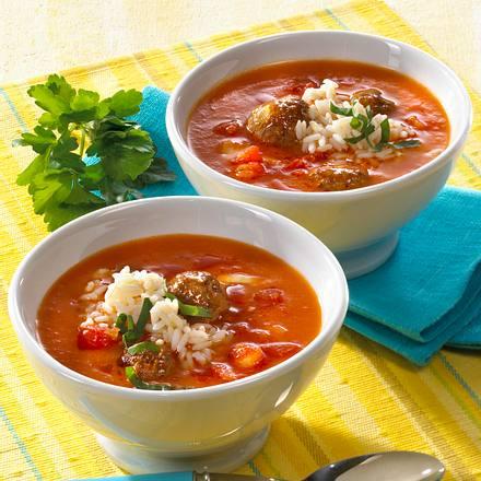Sherry-Tomatensuppe mit Hackbällchen Rezept