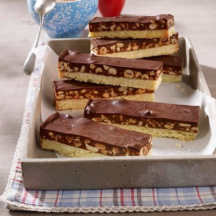 Shortbread Kuchen Mit Snickers Und Karamell Erdnusscreme Rezept Lecker