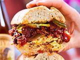Sloppy-Joe-Sandwich zum Mitnehmen