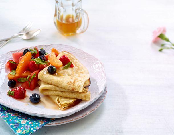 Sommerfrüchte-Salat mit Dinkelcrepes Rezept