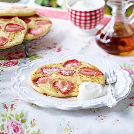 Sommerliche Erdbeer-Pancakes Rezept