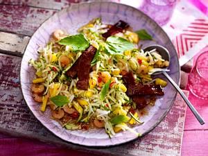 Sommerrollen mit buntem Gemüsesalat, Shrimps und Tofu Rezept