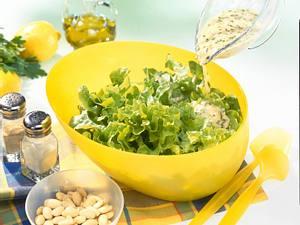 Soße zum grünen Salat (Pestosoße) Rezept