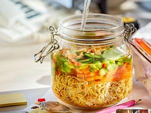 Soup it yourself: Mie-Nudel-Terrine Rezept