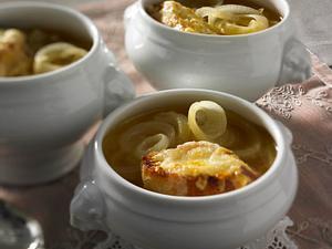 Soupe à l'oignon (Zwiebelsuppe) Rezept