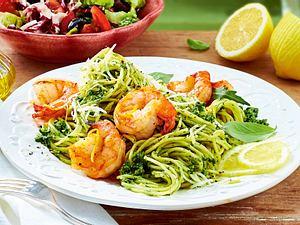 Spaghetti mit 3-Kräuter-Pesto und Garnelen Rezept