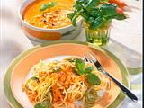 Spaghetti mit Basilikum-Möhren-Soße Rezept