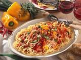 Spaghetti mit feuriger Tomaten-Kasseler-Soße Rezept