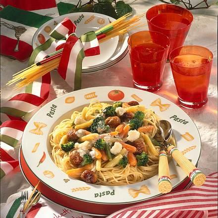 Spaghetti mit Gemüse-Soße Rezept