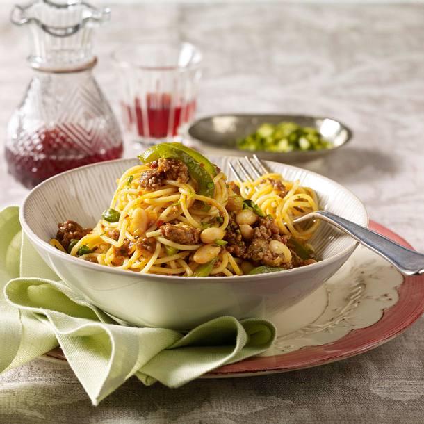 "Spaghetti mit Hacksoße ""oriental"" Rezept"